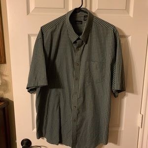 VanHeusen size extra large button down shirt
